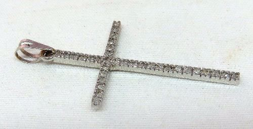Pingente Ouro Branco 18k750 Cruz Diamantes P147