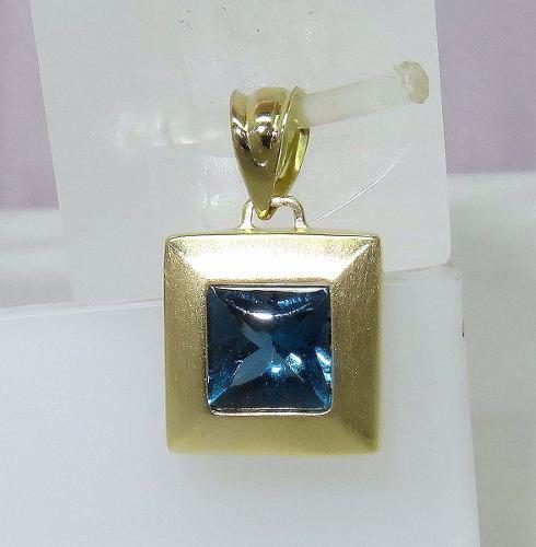 Pingente Ouro 18k750 Topázio Azul P94