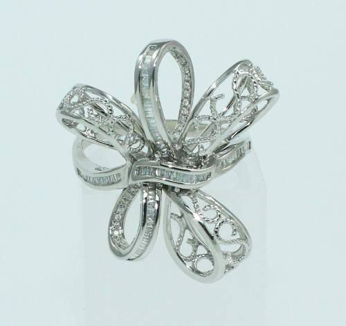 Anel De Ouro Branco 18k750 Diamantes Carre 1218