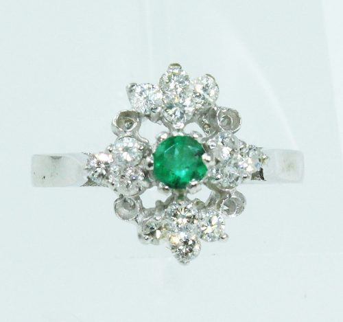 Anel Ouro Branco 18k750 Diamantes Esmeralda 1177