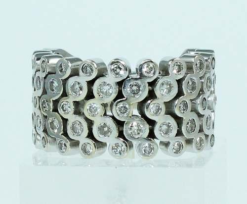 Anel Ouro Branco 18k750 Super Pave Diamantes 763