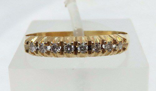 Meia Aliança De Ouro 18k750 Diamantes 841