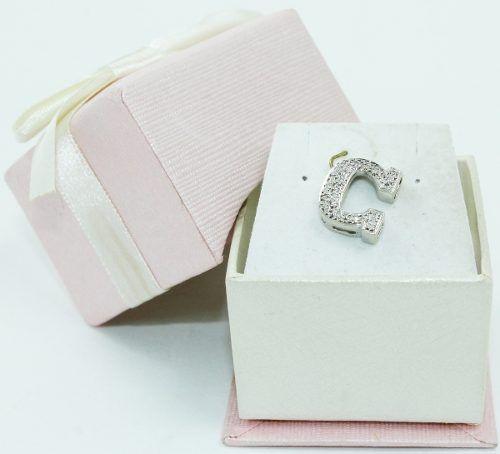 Pingente De Ouro Branco 18k750 Letra C Diamantes P696