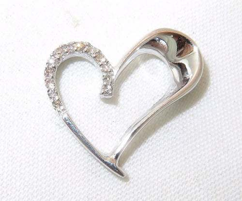 Pingente Ouro Branco 18k750 Coração Diamantes P90