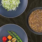 Arroz com Brócolis, Lentilha e Aspargos com Abóbora, Pupunha e Tomate Confit