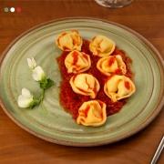Tortellini de Queijo ao Sugo