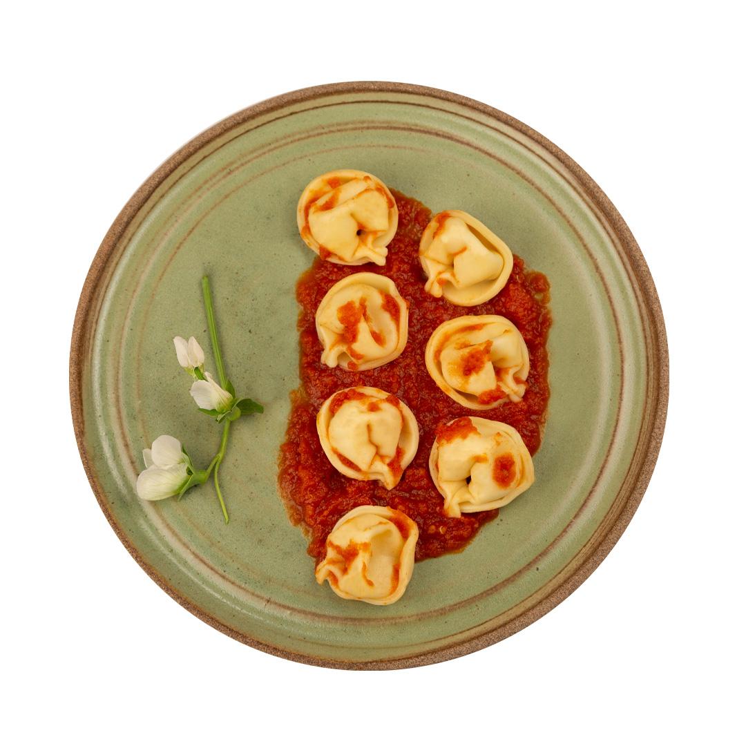 Tortellini de Queijo ao Sugo  - kük