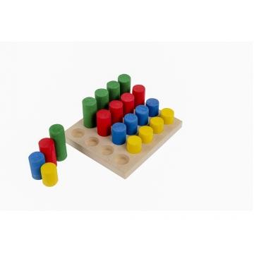 Brinquedo Educativo Pinos de Encaixe