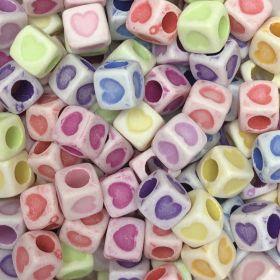 Miçanga Colorida Infantil - Coração - Cubo 25g