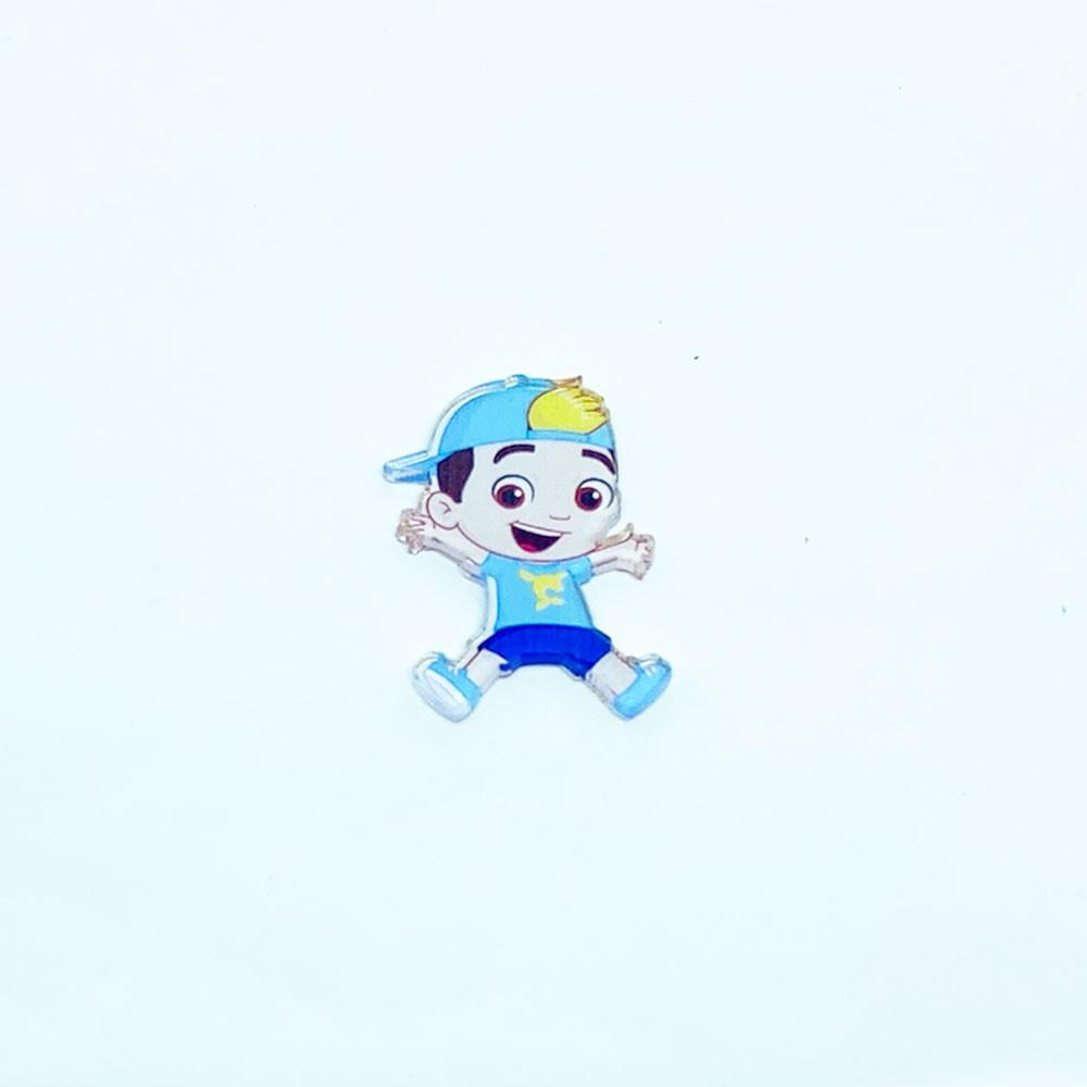 Aplique Acrílico Bonequinho de Boné 3,5 * 2,5 cm