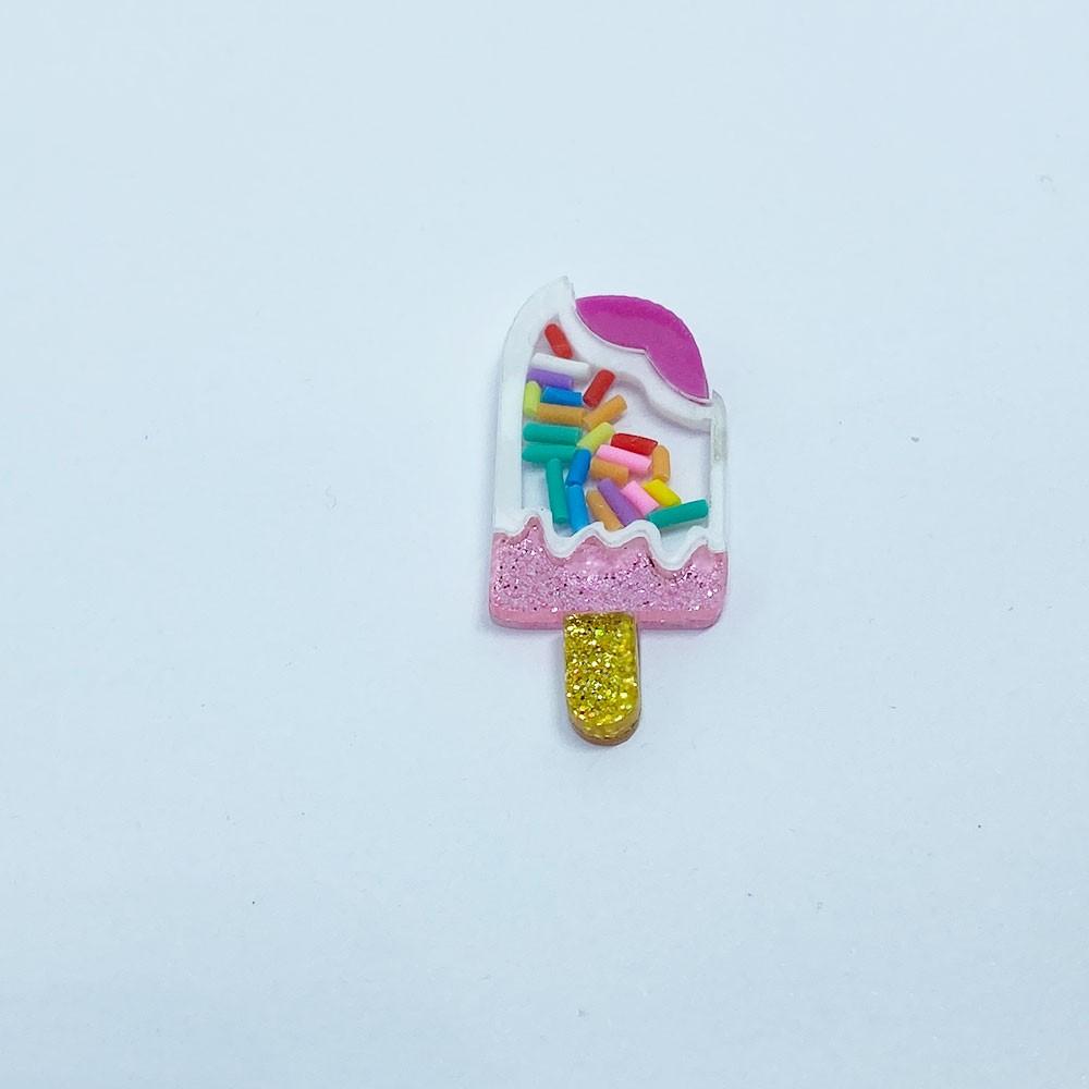 Aplique Vazado de Acrílico  Sorvete Palito Dourado com Granulado colorido (unidade)