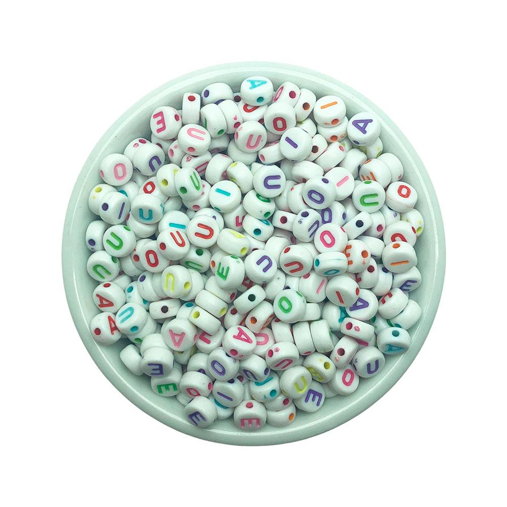 Miçanga Disco VOGAIS colorida c/Fundo Branco 6*4mm - 20 Gramas