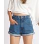 Short Jeans Mom Cintura Alta Lavagem Média
