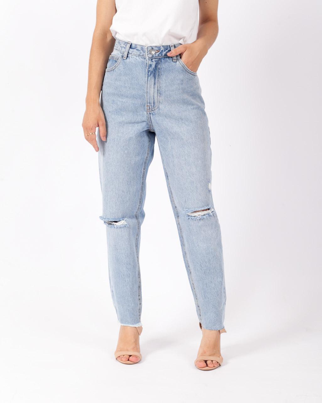 Calça Jeans Mom Destroyed Clara