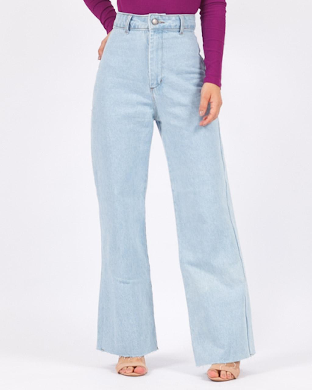 Calça Jeans Reta Bolsos Quadrado