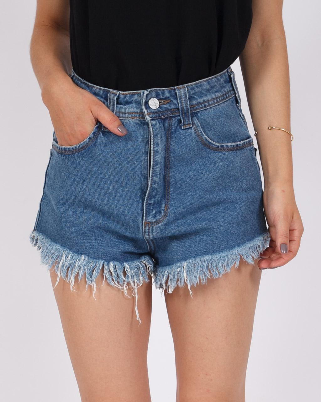 Short Jeans Cintura Alta Lavagem Média
