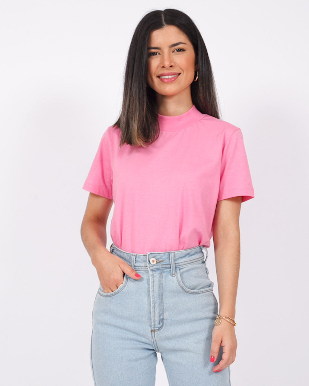T-Shirt Básica Gola Retilínea Rosa