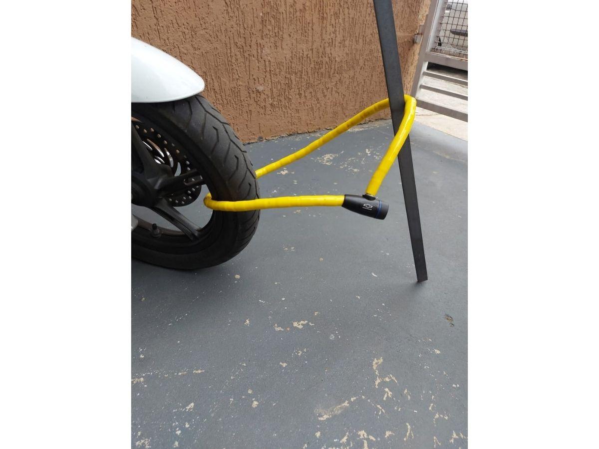 Cadeado Flexível Com Chave Chevrolet GM-9608 1,2M