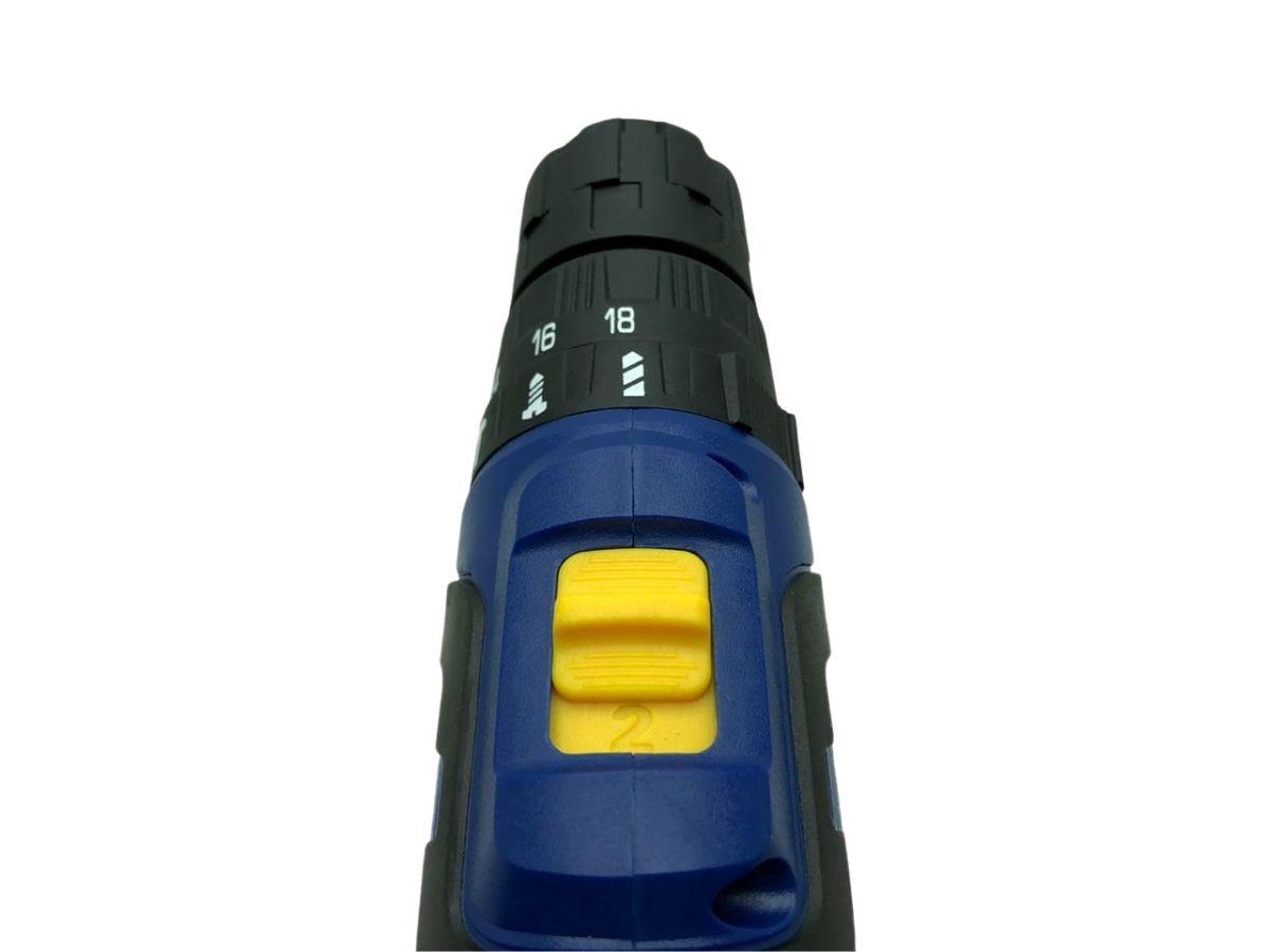 Parafusadeira Furadeira 12v Com Impacto Goodyear 19200-3 2 Baterias e Maleta Acessórios