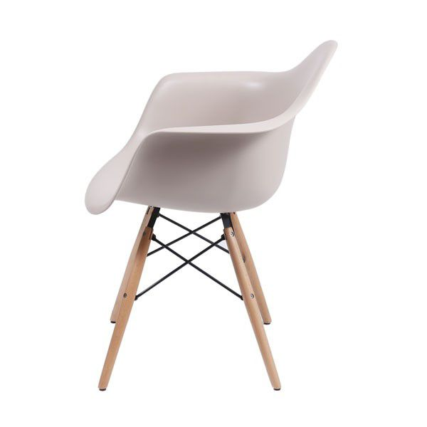 Cadeira DKR com Braço Base Madeira Clara Or Design