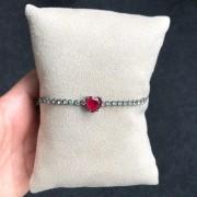 Pulseira Gravatinha Coração Pedra Rubi e Pedras Cristais
