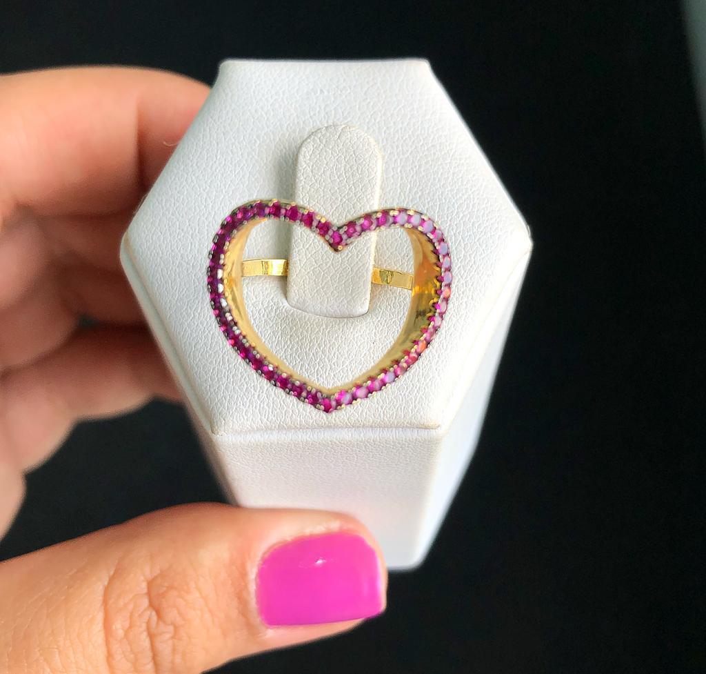 Anel Coração Grande Vazado Pedras Pink