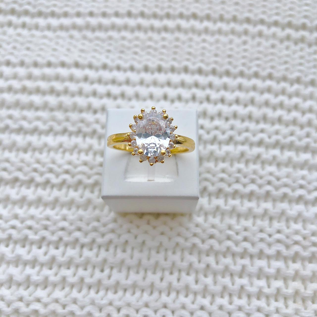 Anel Pedra Oval Zircônia Cristal
