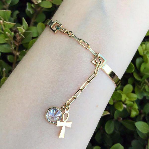 Bracelete Com Pendulo De Cruz e Ponto De Luz