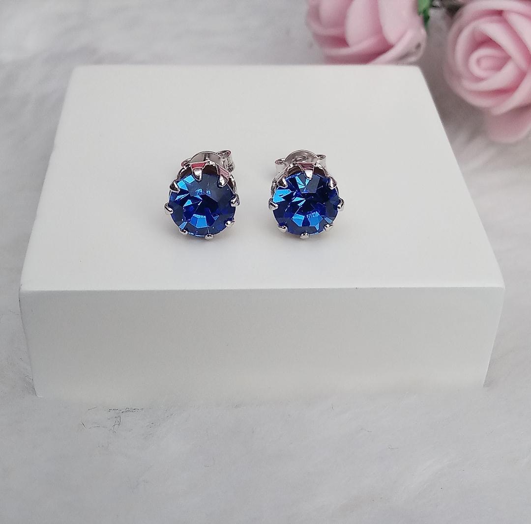 Brinco Ponto de Luz Pedra Azul Safira