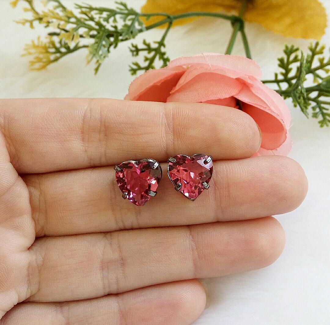 Brinco Coração Com Pedra Rubelita