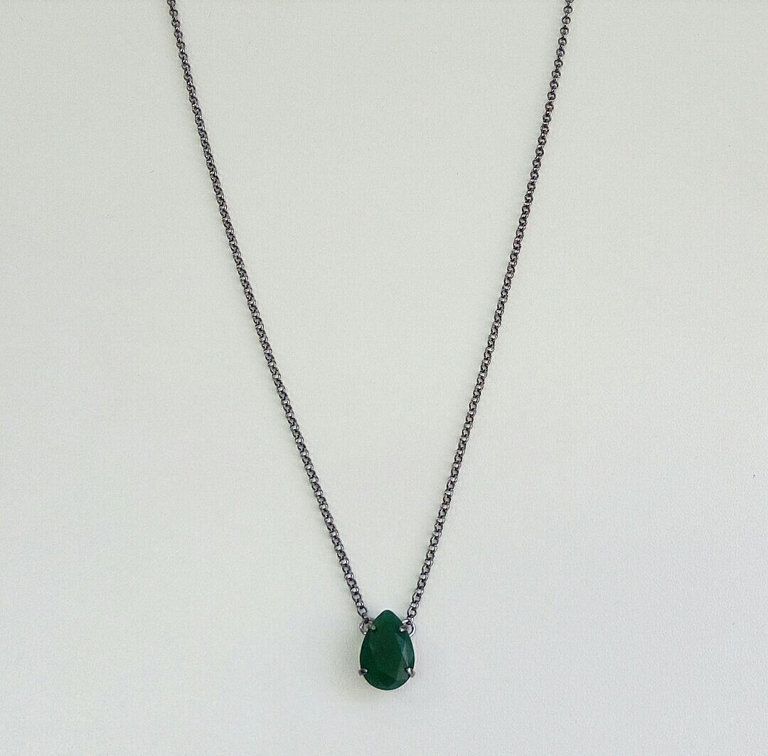 Colar Comprido Gota Verde Esmeralda