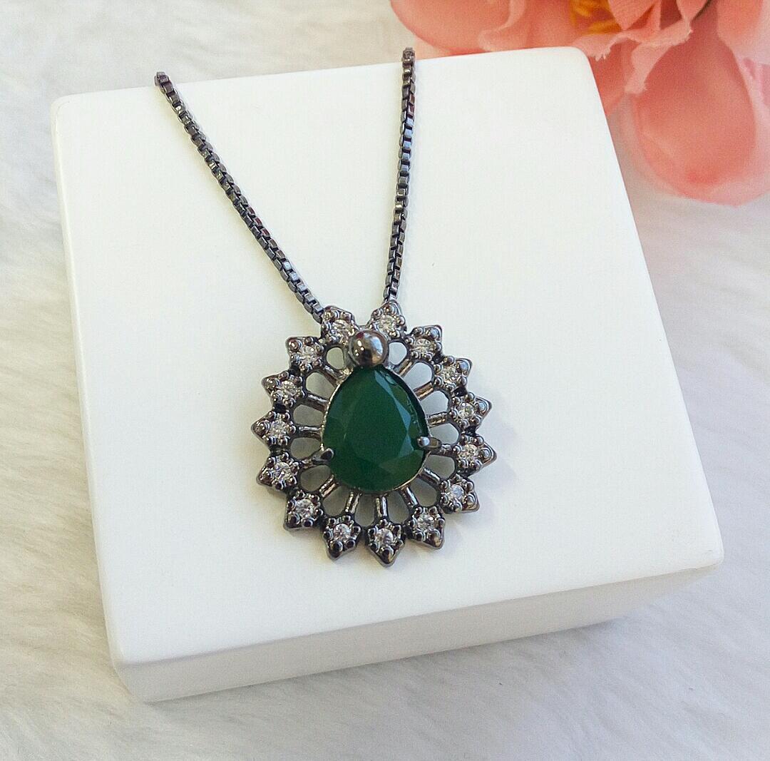 Colar Gota Verde Esmeralda Com Zircônia
