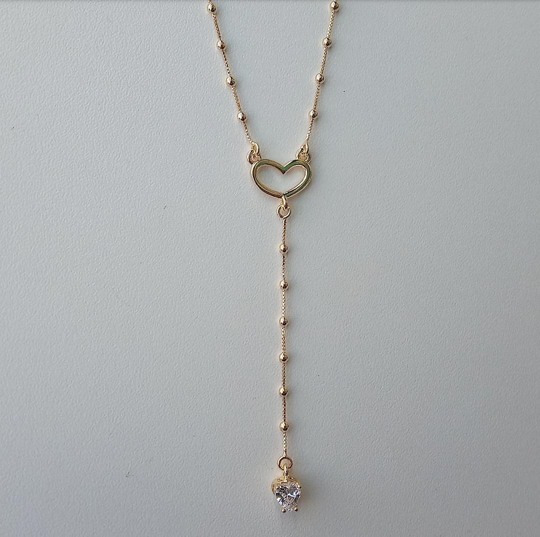 Colar Gravatinha Coração Vazado Com Coração Cristal