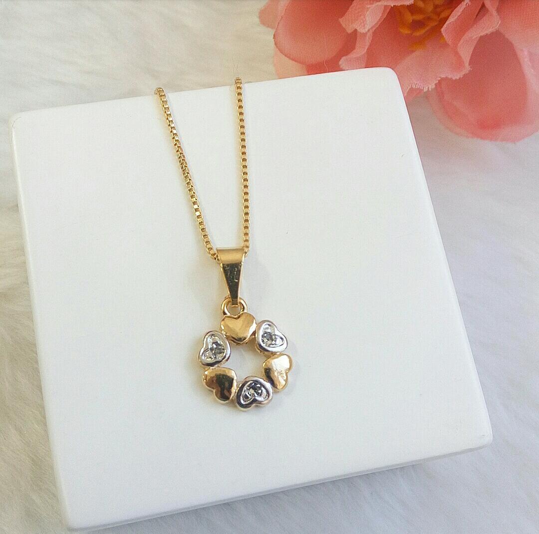 Colar Mini Mandala Em Corações Com Detalhes Ródio Branco