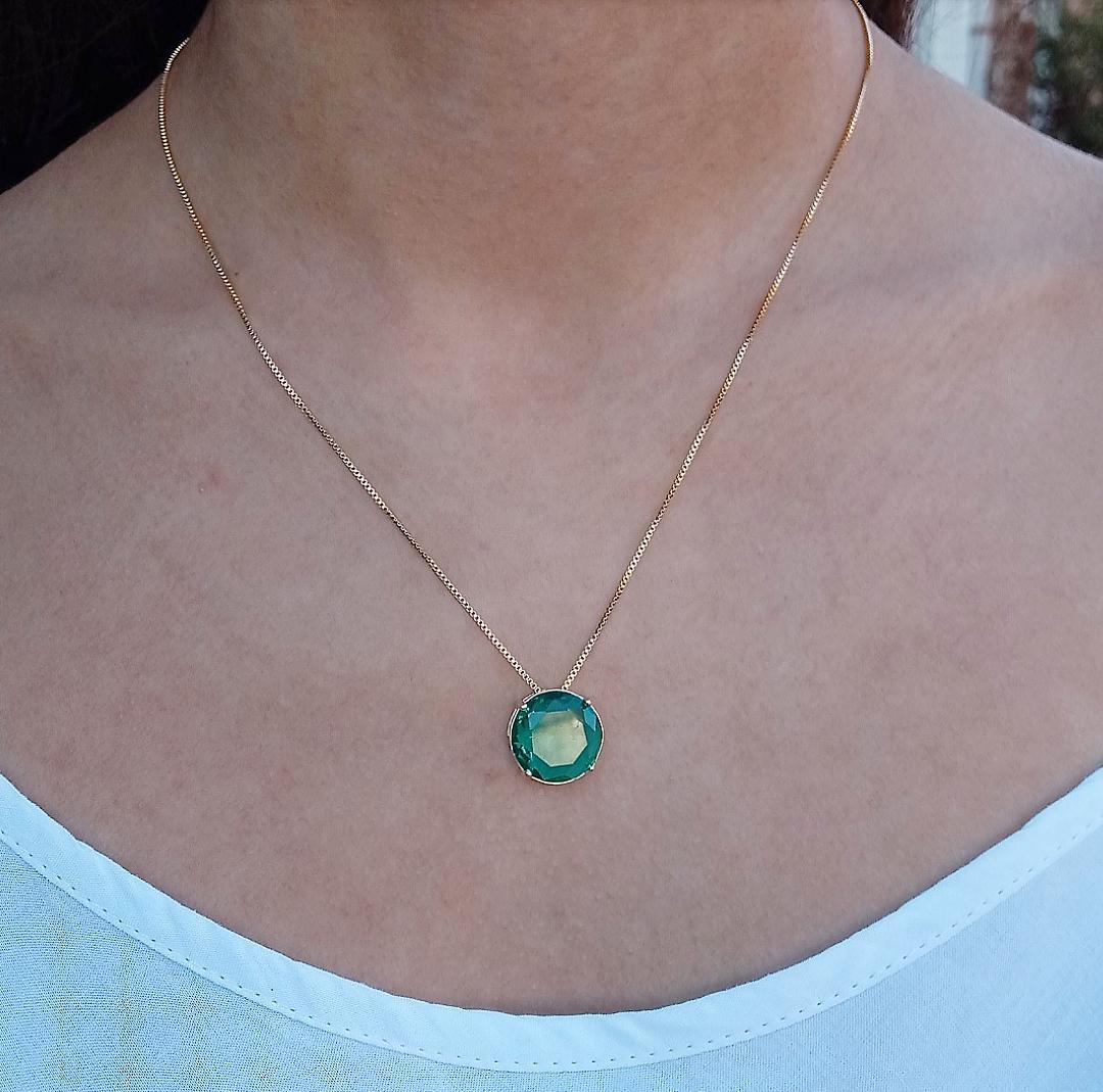 Colar Pedra Redonda Verde Esmeralda Incandescente