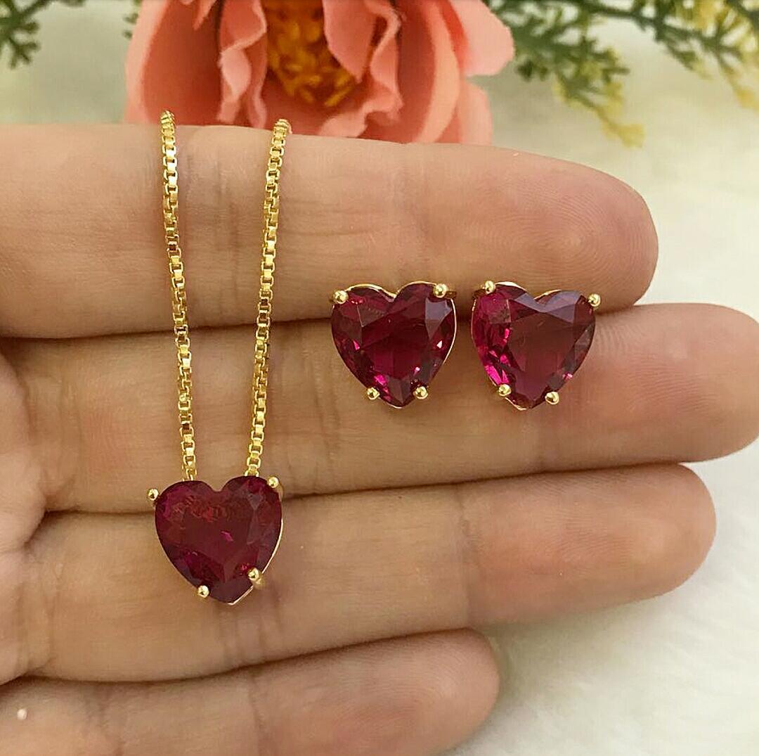 Conjunto Coração Pequeno Com Pedra Rubelita