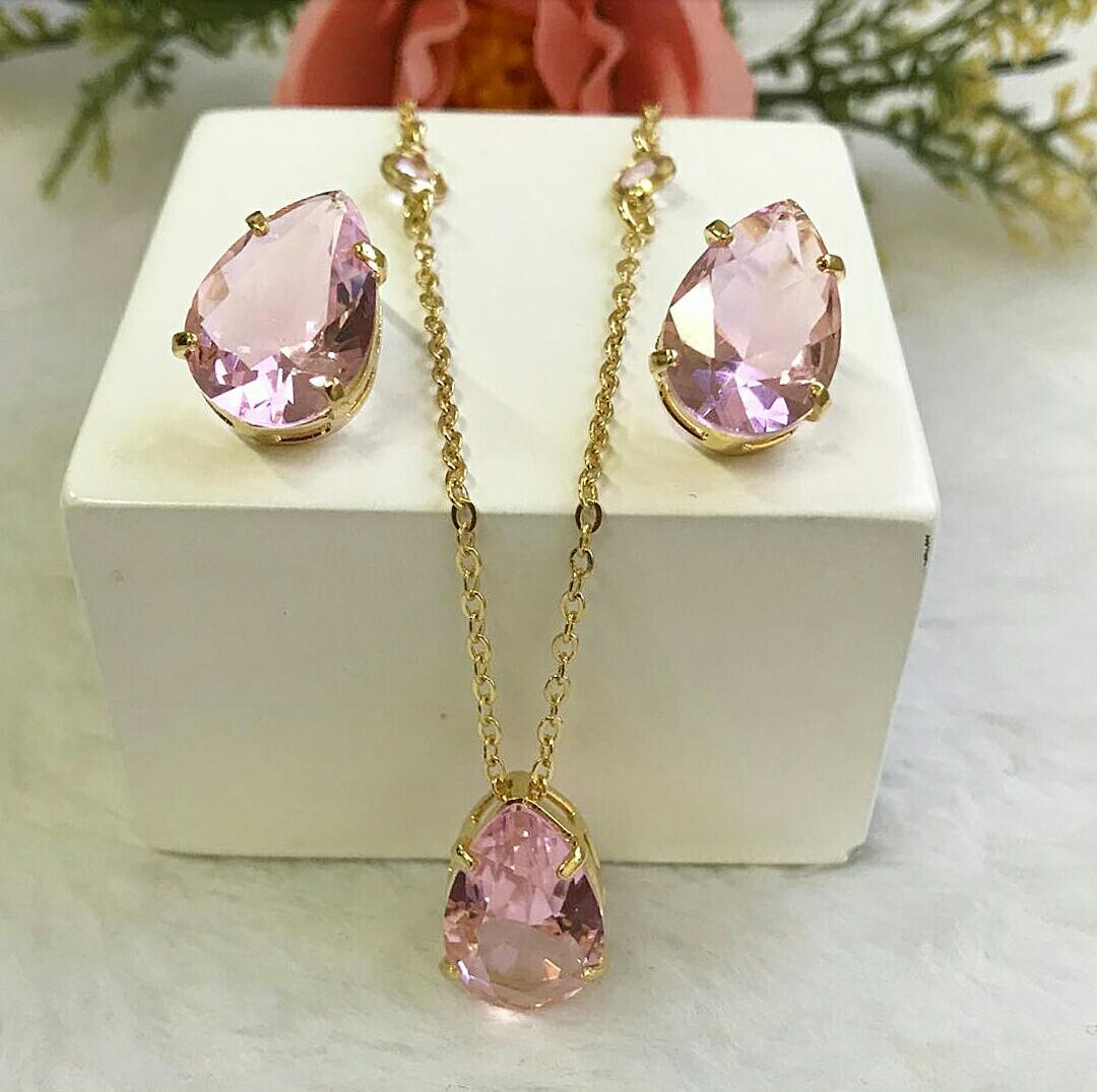 Conjunto Gota Rosa Incandescente e Corrente Com Pontos de Luz