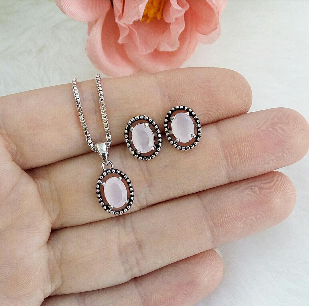 Conjunto Oval Envelhecido Com Pedra Rosa Leitoso