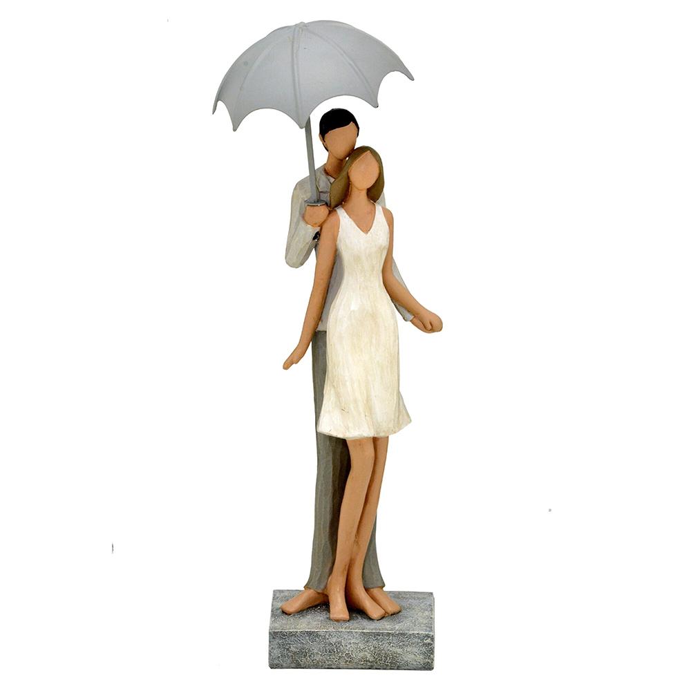 Escultura Decorativa Casal com Guarda-Chuva em Resina