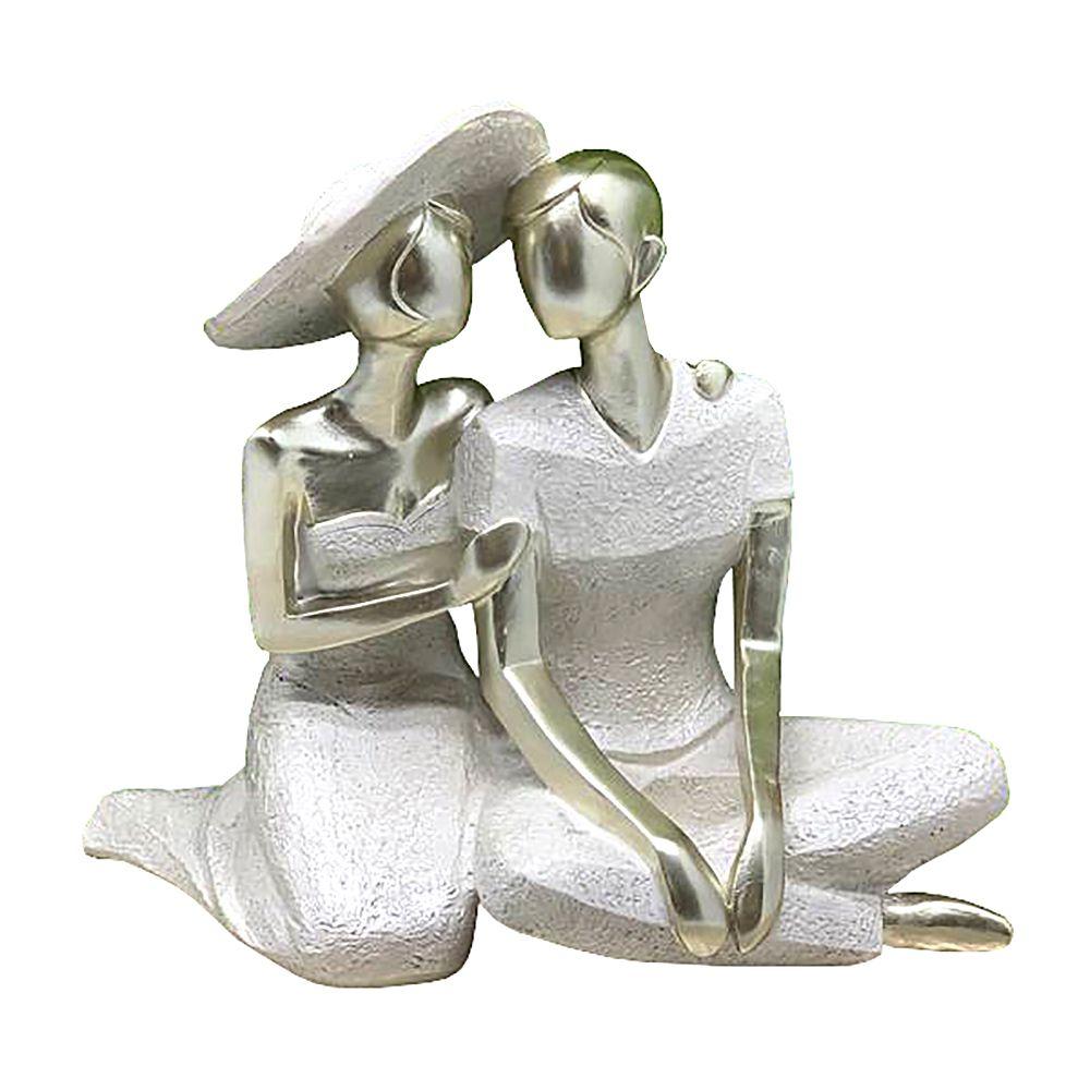 Escultura Decorativa em Resina Casal Romântico Sentado 28cm