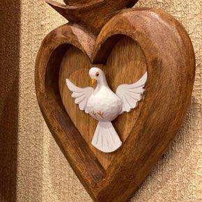 Coração com Divino Vazado