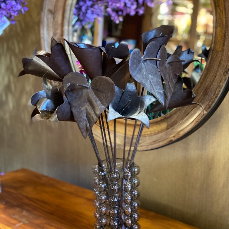 Flores de Ferro