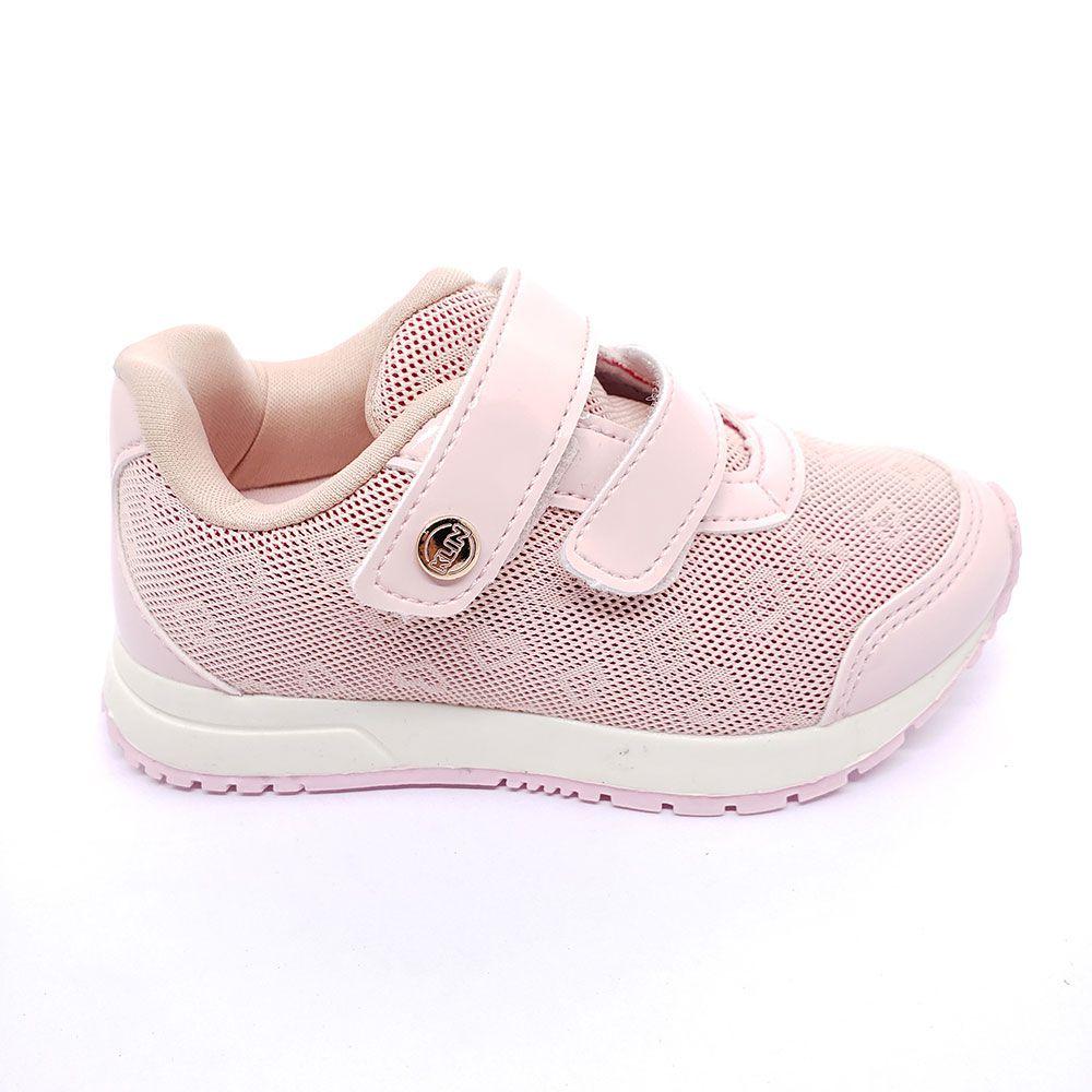 Tênis Klin Infantil Baby Walk Corações