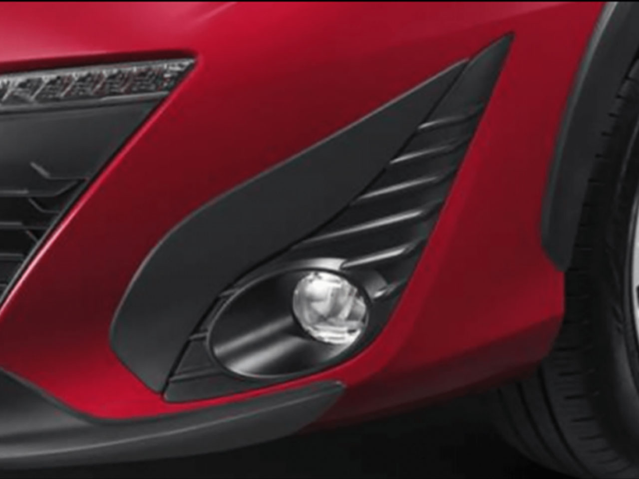 Aplique do Farol de Neblina Yaris Sedã XL XS XLS  - Mirai Peças Toyota