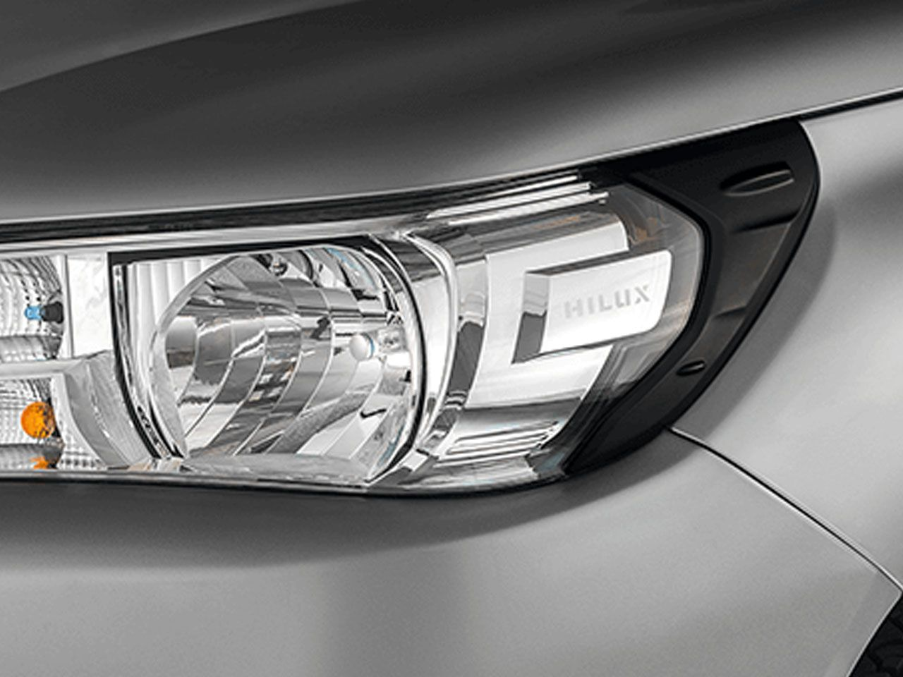 Aplique Preto Fosco do Farol Hilux STD SR SRV SRX GR-S Cabine Simples Chassi  - Mirai Peças Toyota