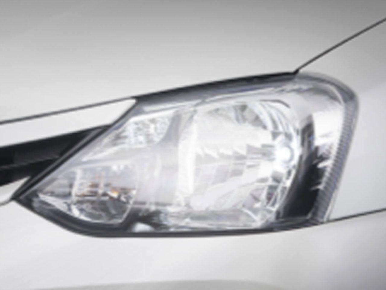 Kit de Lâmpadas de Luz Branca para Faróis e Lanternas Etios Sedã X  - Mirai Peças Toyota