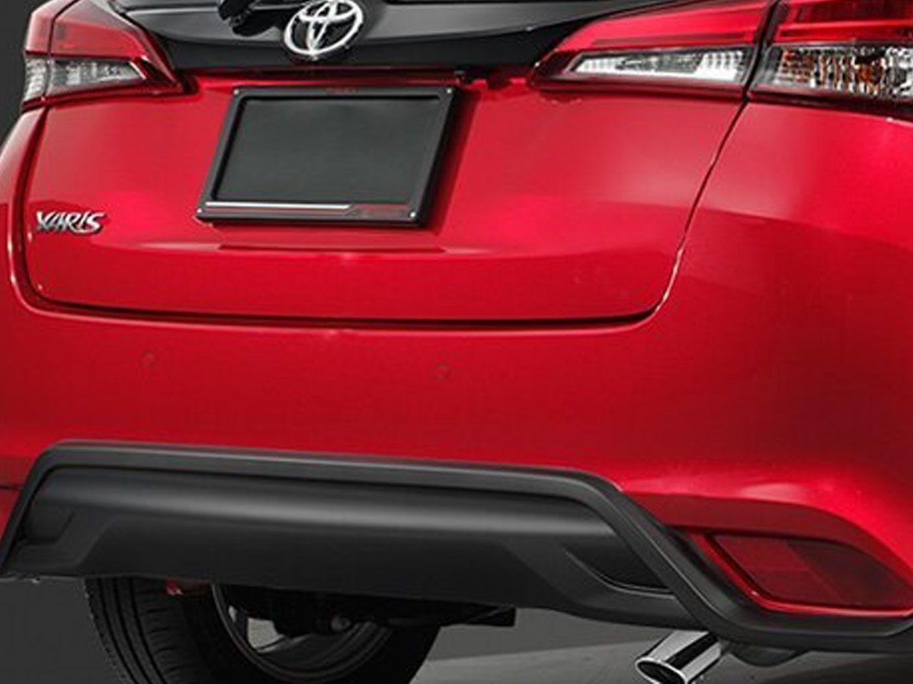 Saia Esportiva Traseira Yaris Hatch XL XS XLS  - Mirai Peças Toyota