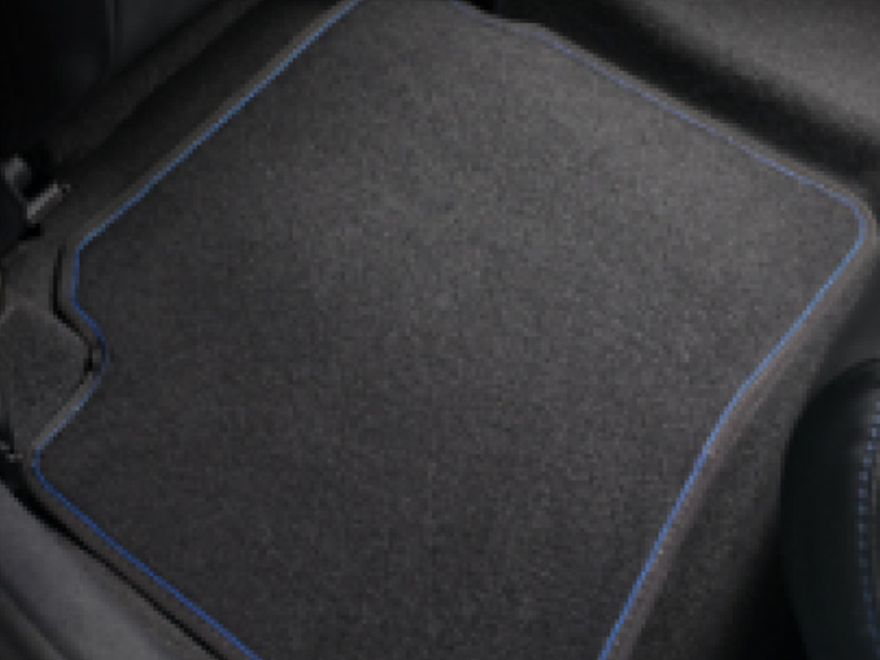 Tapete de Carpete Traseiro Etios Hatch Platinum (até 2018)  - Mirai Peças Toyota