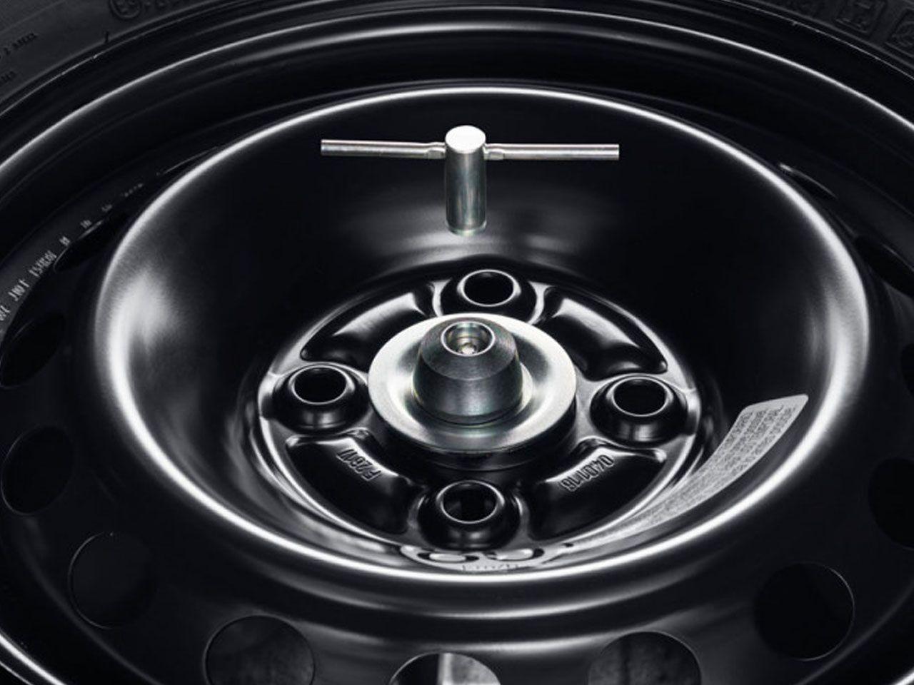 Trava de Segurança do Estepe Yaris Hatch XL XS XLS  - Mirai Peças Toyota