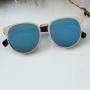Óculos azul espelhado feminino